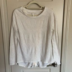 Light Long-Sleeve with Fringed Open-Back